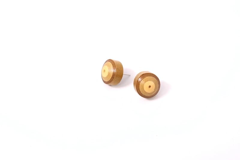 Paper studs earrings